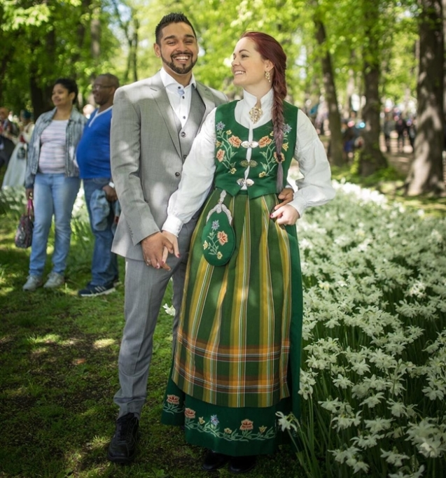Traditional Wedding Dresses Around The World